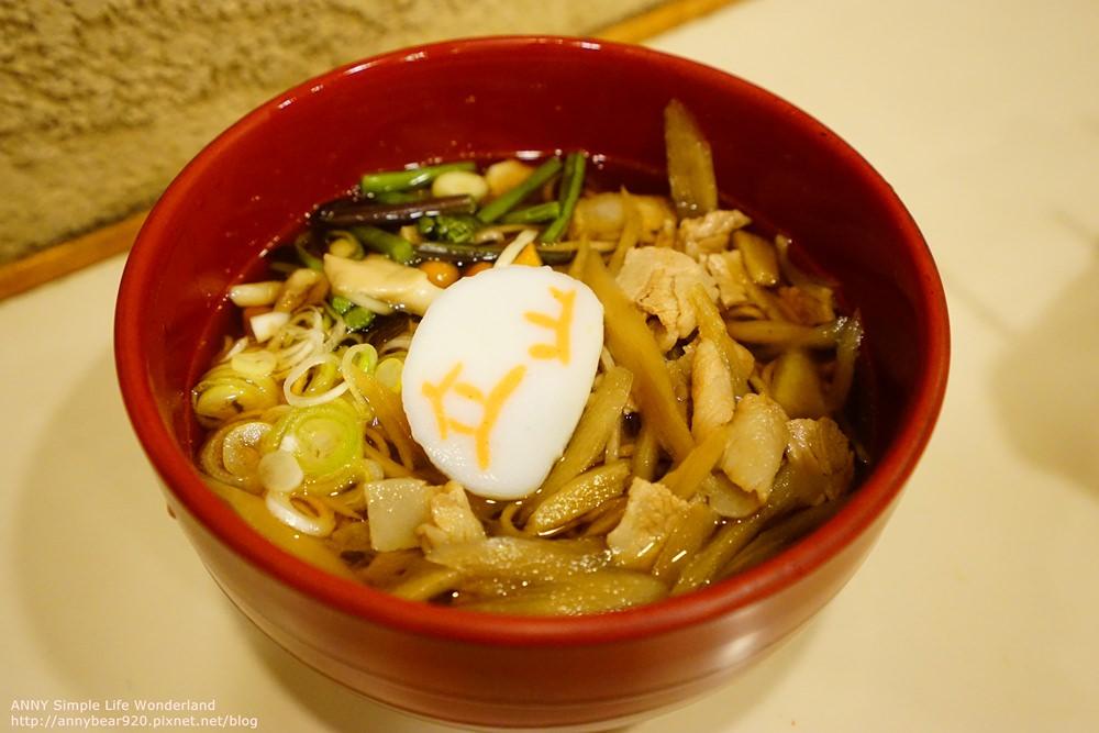 【日本】自助去黑部立山 必吃美食 ♥ 室堂車站 站著吃立山蕎麥麵