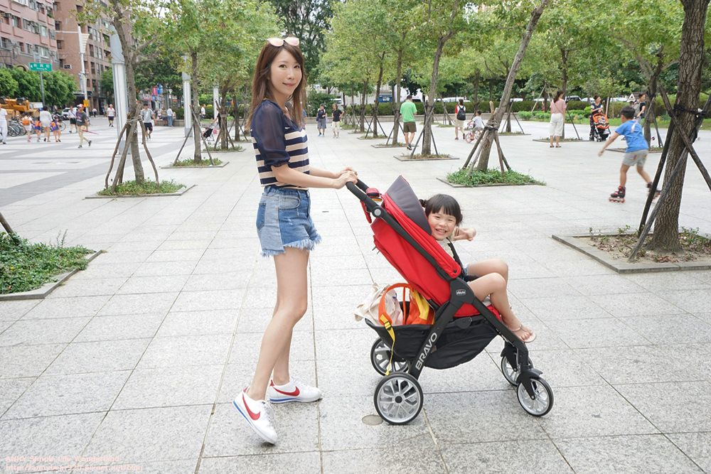 【育兒好物】Chicco Bravo 極致完美手推車限定版 ♥ 新生兒用到大童超划算