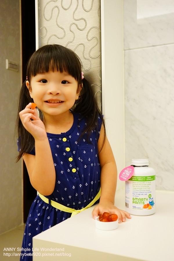 [育兒好物] 頭好壯壯。小朋友最愛的營養補充軟糖 ♥ 美國SmartyPants兒童維他命 超好吃