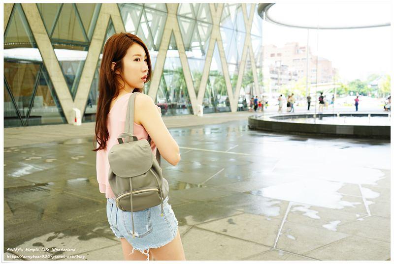 [穿搭] 美麗的包包打配出我的夏天輕時尚 ♥ mizzue 購物經驗。百元包款給我完美選擇