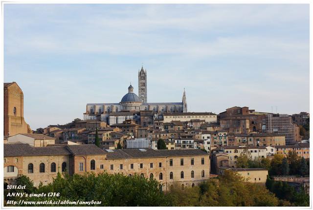 [義大利] Day9 以賽馬節聞名的美麗山城 ♥ 西恩納